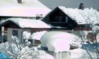Schnee-Katastrophe--Schaufeln13-02-02-050.png